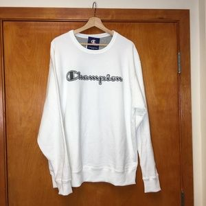 NWT champion white script logo pullover sweatshirt